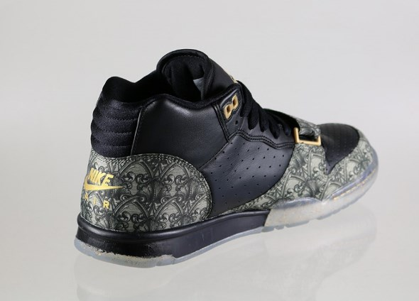 nike-air-trainer-i-mid-premium-qs- paid-in-full -(black-black-metallic-gold-vapor-green)-607081-0022