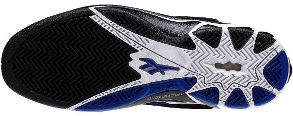 reebok-blast-black-white-blue-05