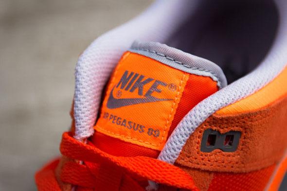 nike-air-pegasus-89-total-orange-03-570x380