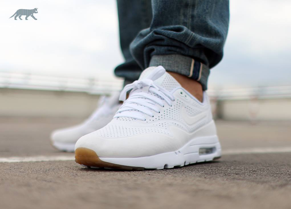 air max 1 ultra moire white