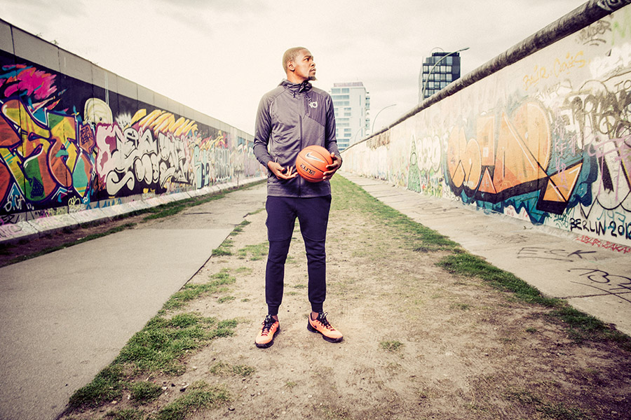 01_Kevin Durant_Eats Side Gallery_09092015
