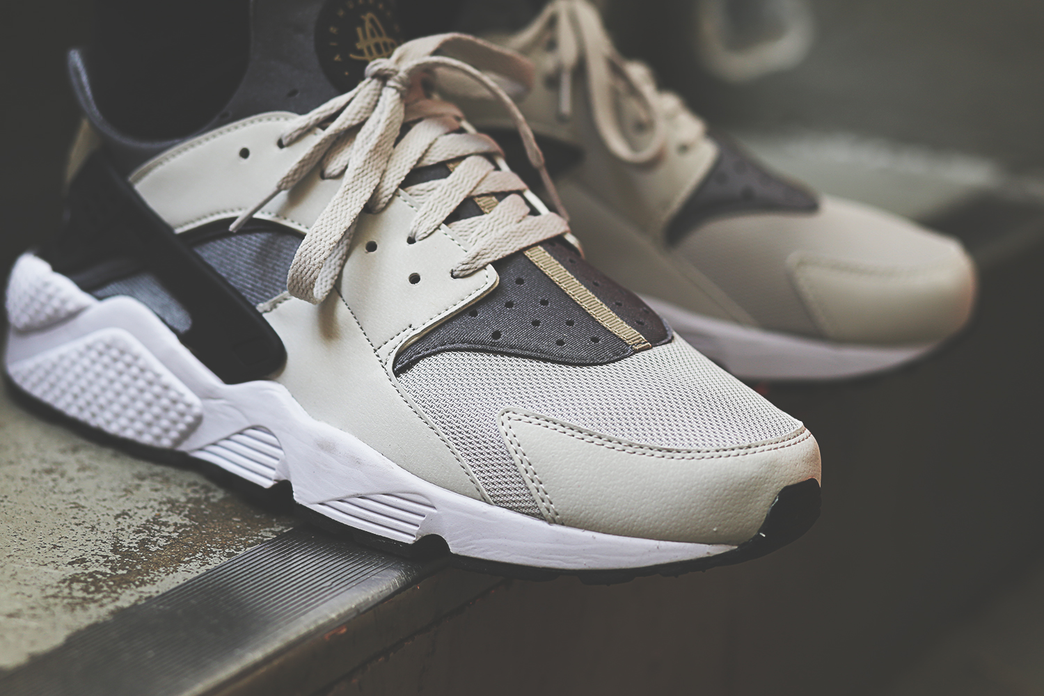 Nike Huarache Light Grey