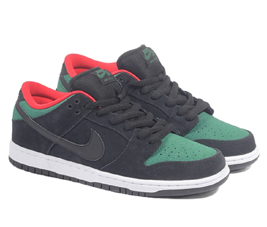 10410731_10153256031217871_469638788829419614_n. Here you can see a Nike Dunk Low