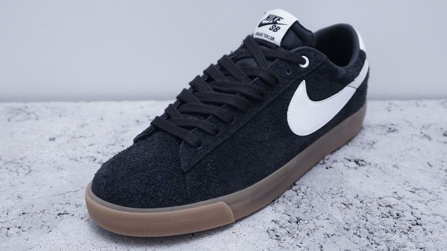 nike sb blazers low black white