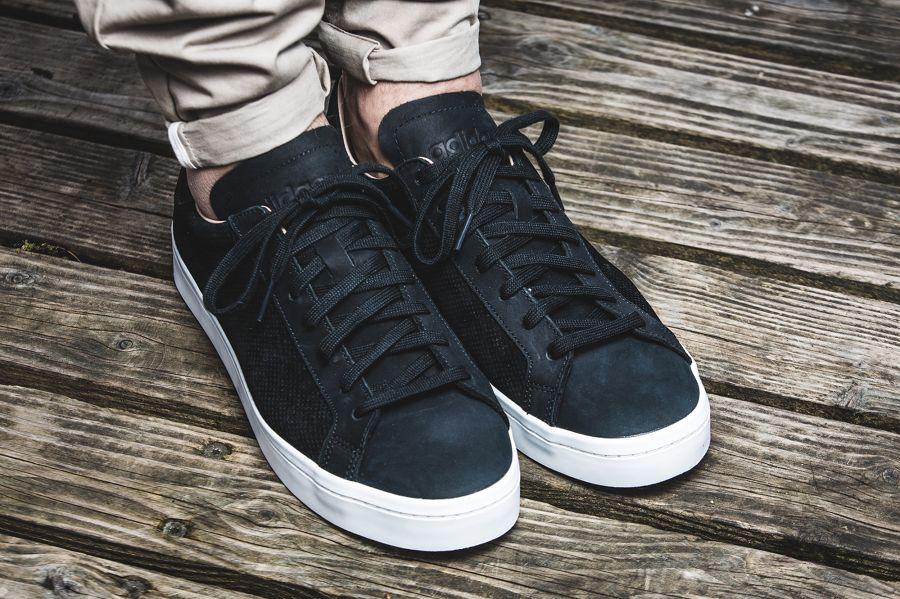 adidas court vantage shoes black