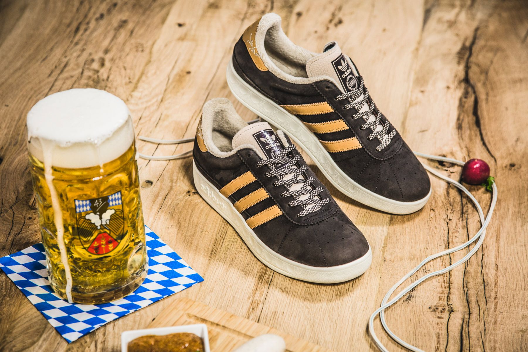 "adidas München Made in Germany ""Oktoberfest"""