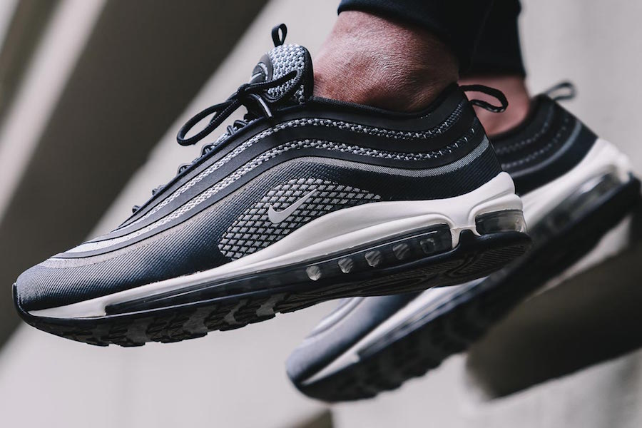 74b3befd482f Restock des Nike Air Max 97 Silver Bullet pour le Black Friday Le