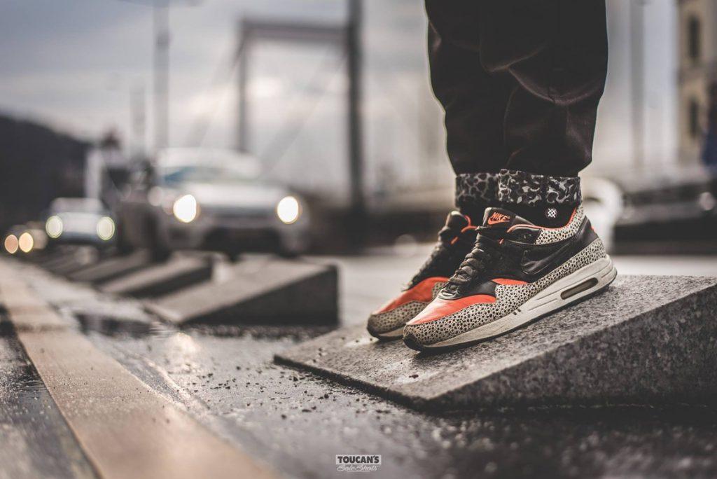 Cheap Adidas TUBULAR NOVA Red Bodega