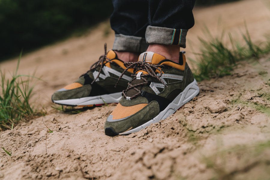 Karhu Outdoor Pack Part II - F804017 – Fusion 2.0 (Olive Night / Joia) - On feet