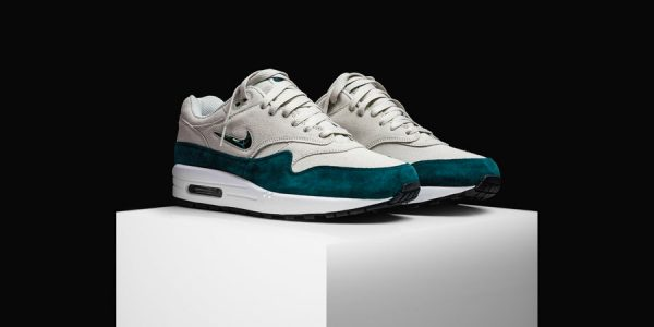 Nike Releases the Crispy Clean Air Max 1 Jewel 'Atomic Teal'