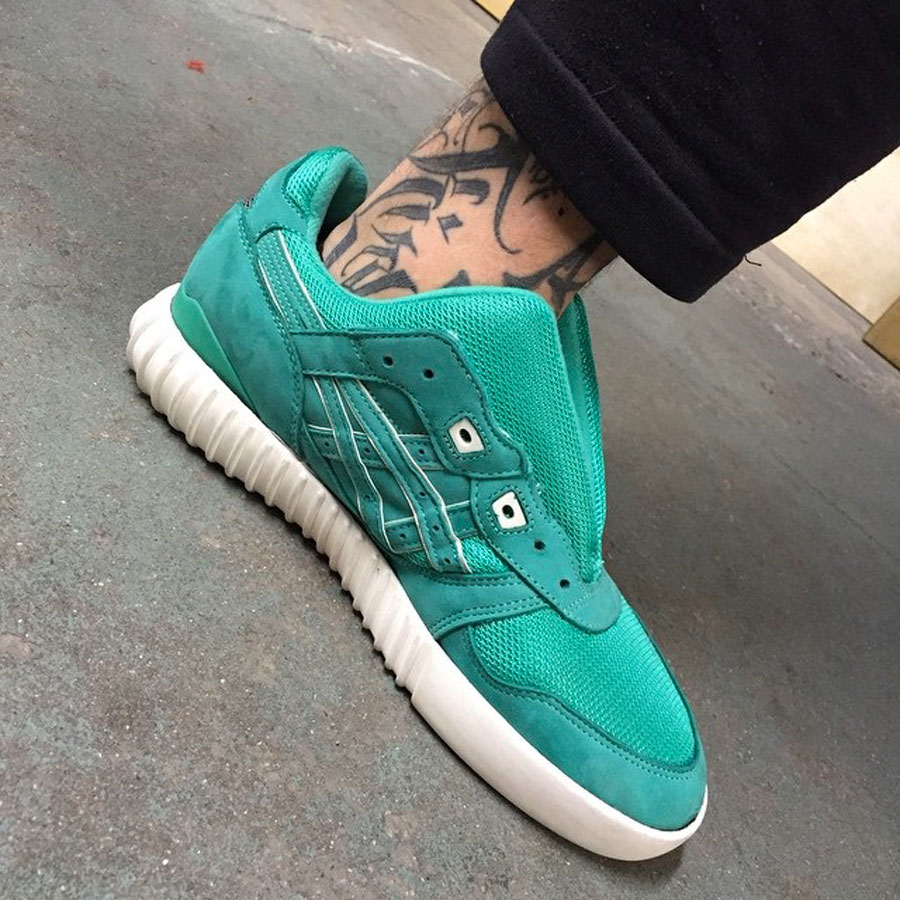 Sneaker Sole Swap - Ronnie Fieg x ASICS GEL-LYTE III Mint and Yeezy BOOST 750