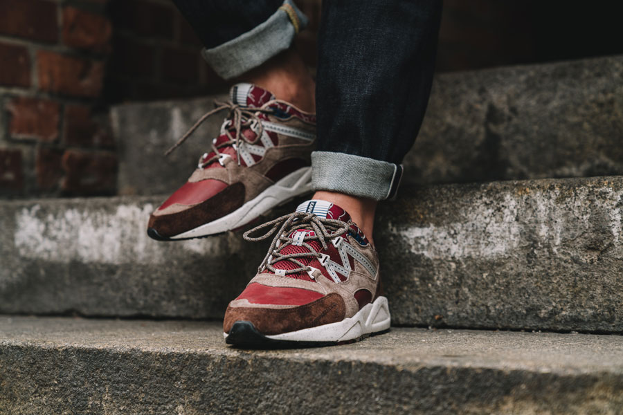 Karhu Mount Saana Pack 2017 - Fusion 2.0 Syrah Friar (On feet)