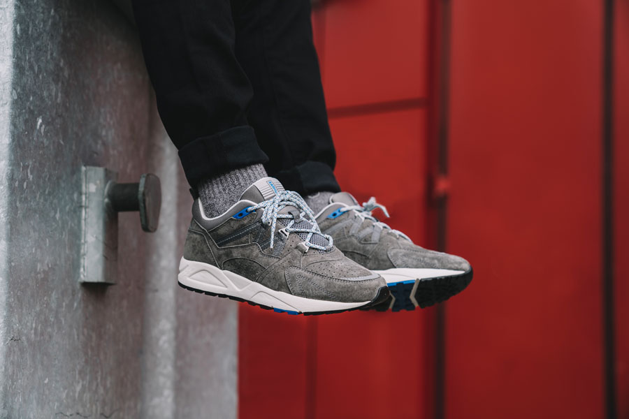 Karhu Tonal Pack - Fusion 2.0 Grey (On feet)