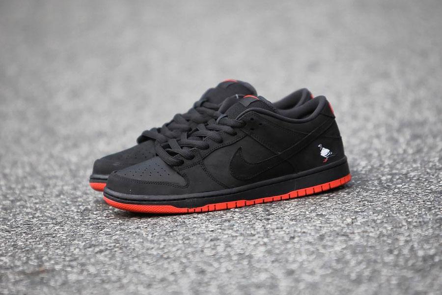 Nike SB Dunk Low Black Pigeon (Side)