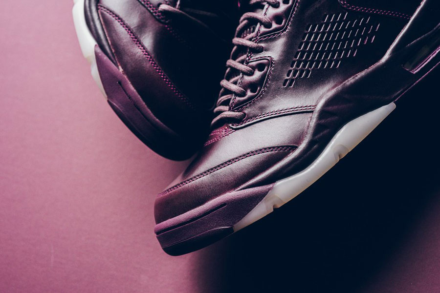 Nike Air Jordan 5 Retro Premium Bordeaux (881432 612) - Toebox