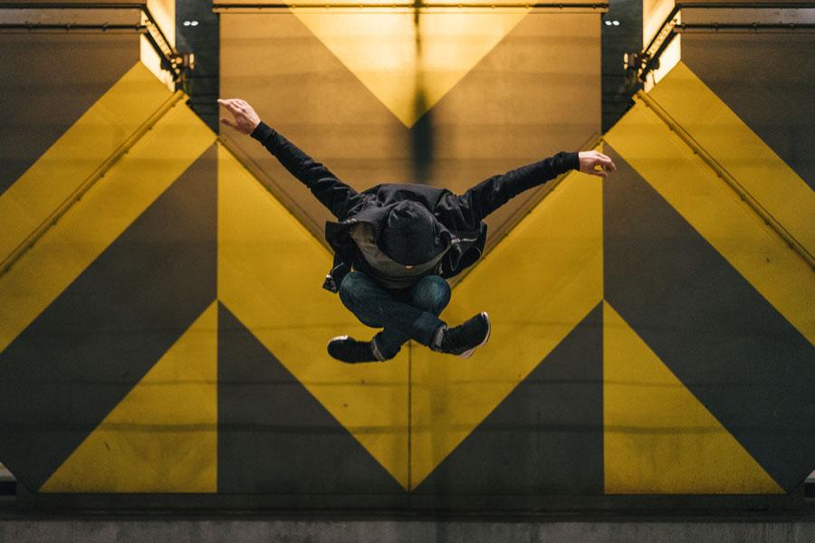 Koone - Black Yellow Background