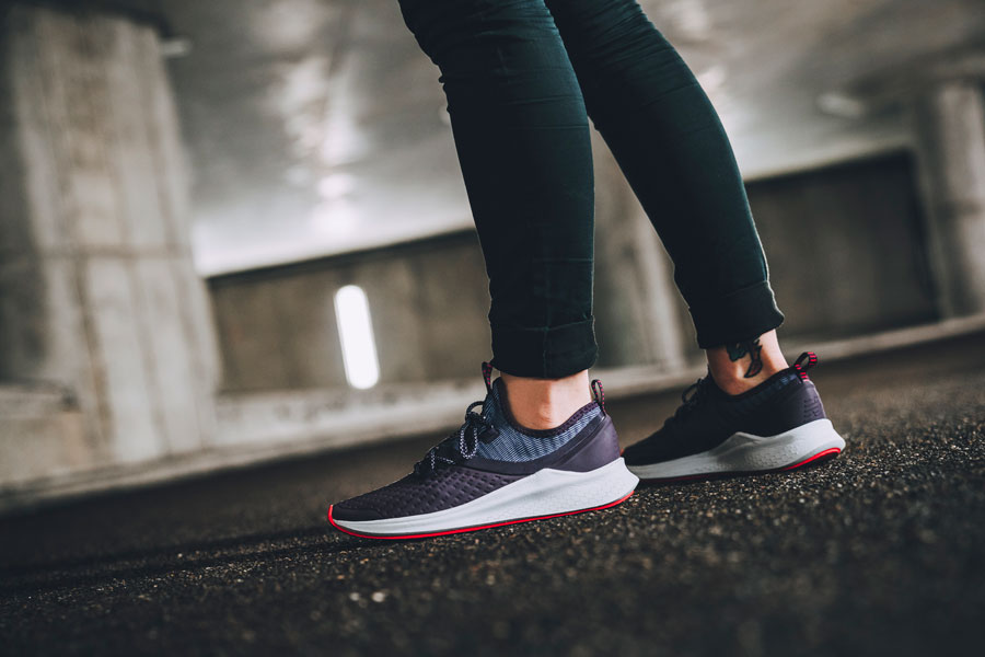 New Balance Fresh Foam Lazr Hyposkin - WLAZRHE Women (On feet Side)