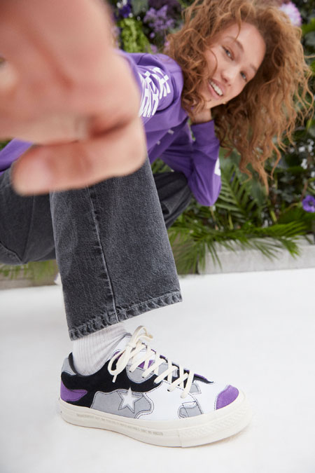 Sneakersnstuff x Converse One Star - Deep Lavender (On feet)