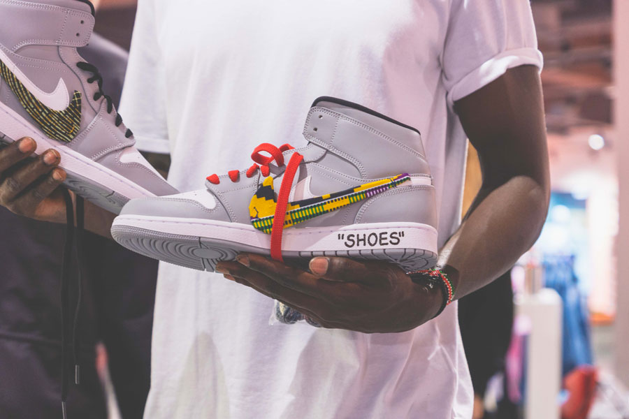 SNIPES presents The Customization of the Air Jordan 1 - Recap (Grey Air Jordan 1 Mid Cool Shoes)