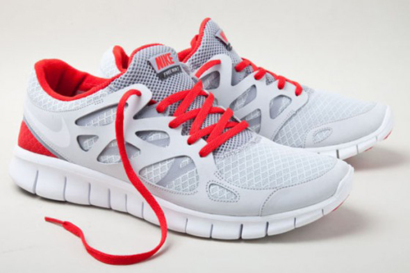 c41e594abaf92 Nike Free Run+2 Fall 2011 - Sneakers Magazine