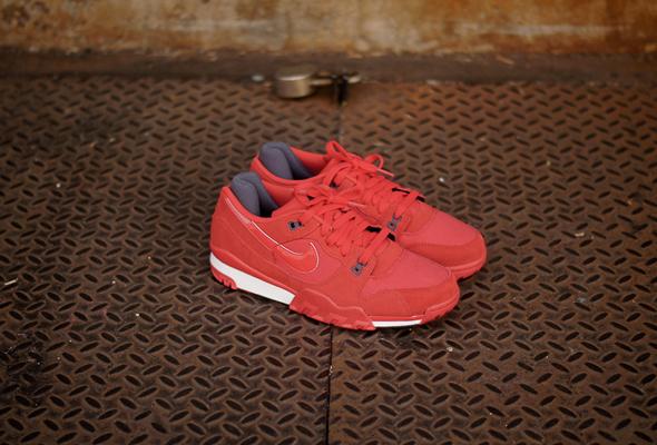NikeTrainerPimento1