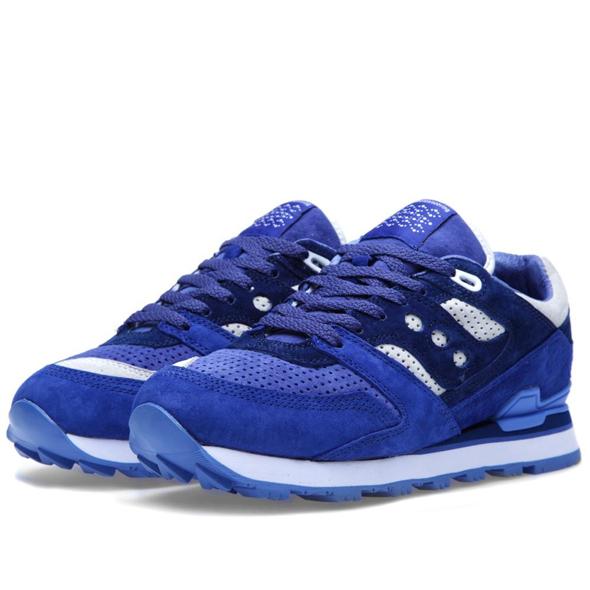 30-04-2013_saucxwm_trainer_blue_