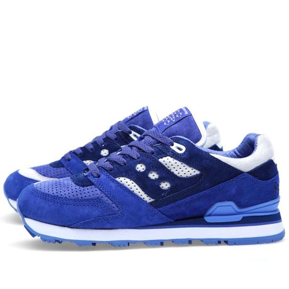 30-04-2013_saucxwm_trainer_blue_d1