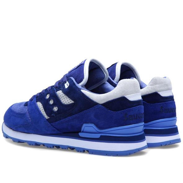 30-04-2013_saucxwm_trainer_blue_d2