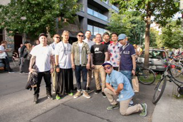 K-MB_Vans_x_Firmament_group_photo_LR