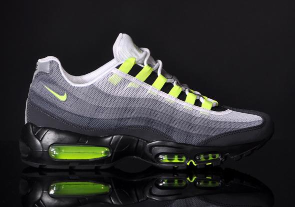 Nike-Air-Max-95-PRM-Tape-QS-OG-Grau-Neon