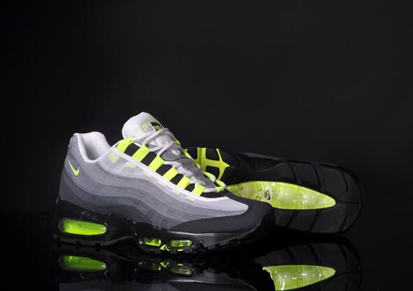Nike-Air-Max-95-PRM-Tape-QS-OG-Grau-Neon_b4