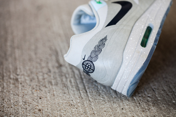 an-exclusive-look-at-the-nike-air-max-1-clot-5