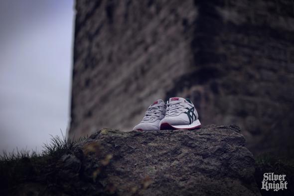 tgwo_onitsuka_tiger_silver_knight_off_feet_03