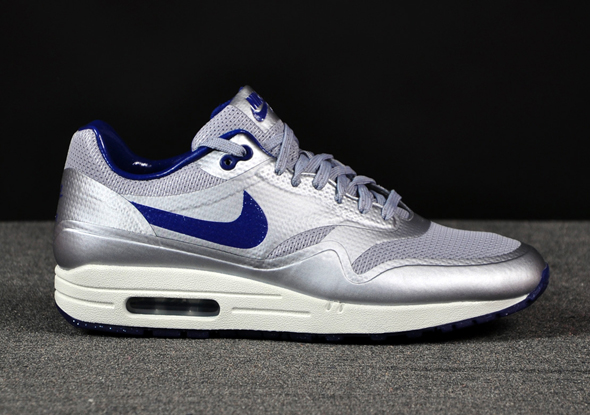 Nike-Air-Max-1-HYP-Night-Track-Silver-Royal