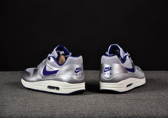 Nike-Air-Max-1-HYP-Night-Track-Silver-Royal_b5