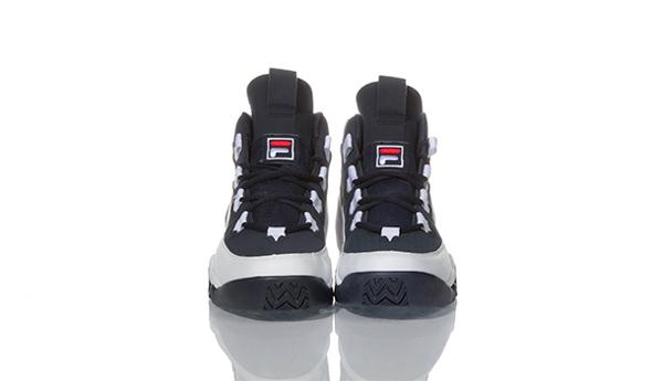 95_1VB90071_464_02_pairs on white_600x351