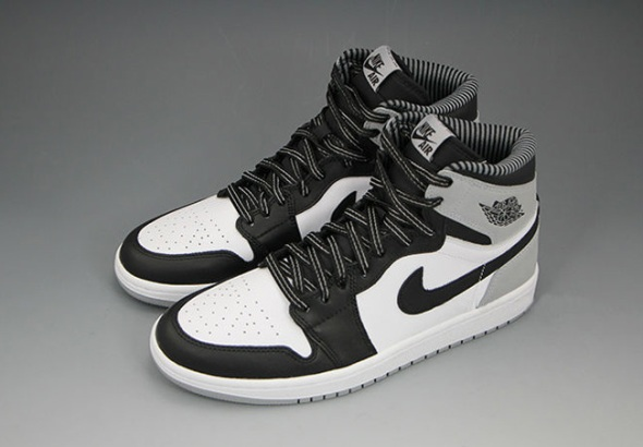 Air-Jordan-1-Barons-3