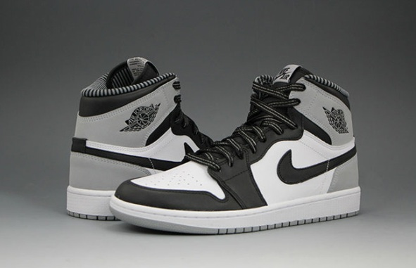 Air-Jordan-1-Barons-4