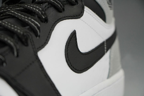Air-Jordan-1-Barons-9