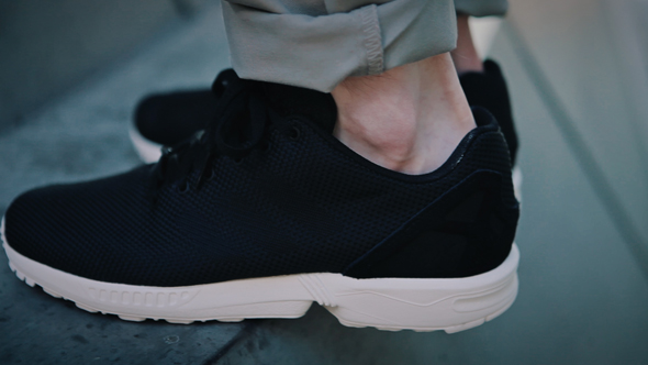ZX FLUX FINAL EDIT SHORT CONSUMER.Still009