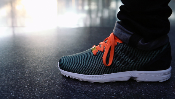 ZX FLUX FINAL EDIT SHORT CONSUMER.Still021