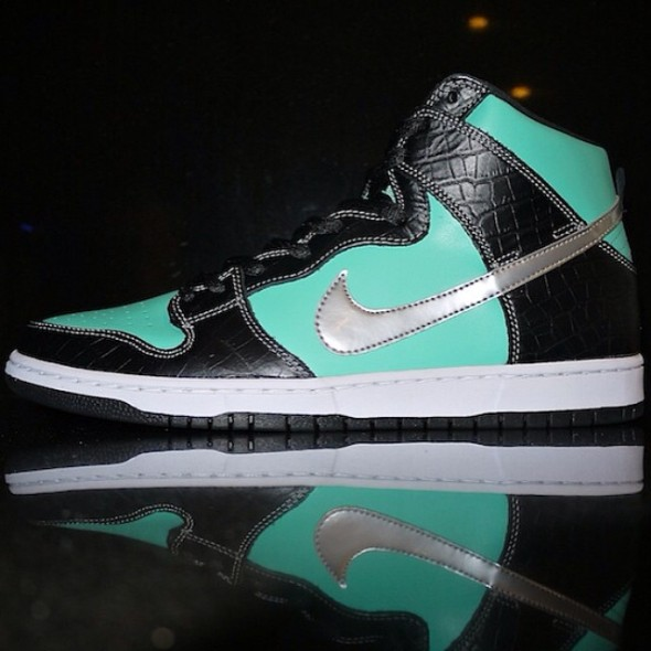 dj-clark-kent-nike-dunk-high-sb-tiffany