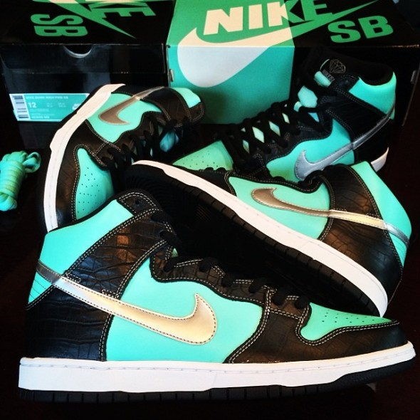 dj-skee-nike-dunk-high-sb-tiffany