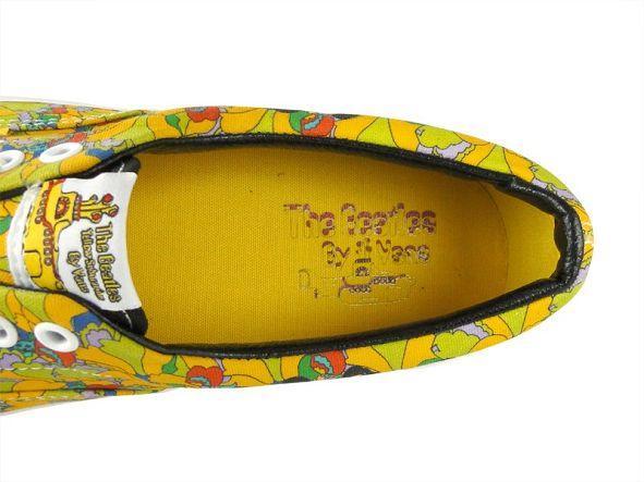 k-vans_era_the_beatles_yellow_submarine_garden_true_white_vn-0-vhqc6c_2_
