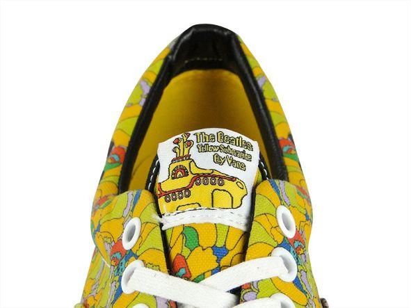 k-vans_era_the_beatles_yellow_submarine_garden_true_white_vn-0-vhqc6c_5_