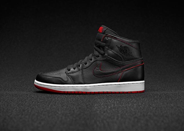 Nike_SB_AJ1_Underneath_BLK_LAT_CLN_original_large