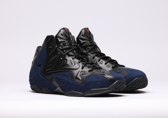 Nike-Lebron-XI-EXT-DENIM-Black-Blue_b2