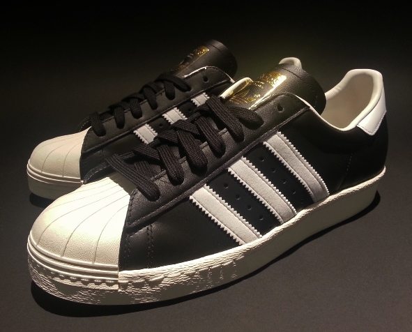 adidas_superstar_og_black_white_chalk_g61069_10
