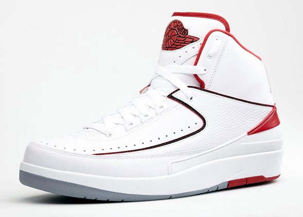 air-jordan-2-retro-varsity-red-2