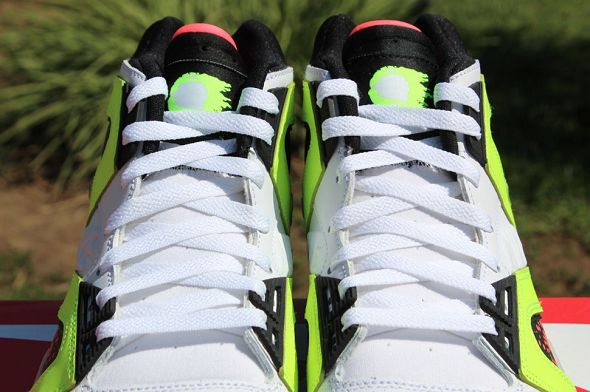 k-nike-air-tech-challenge-hybrid-neon-hot-lava10